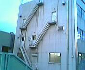 dempa040410_stair.jpg